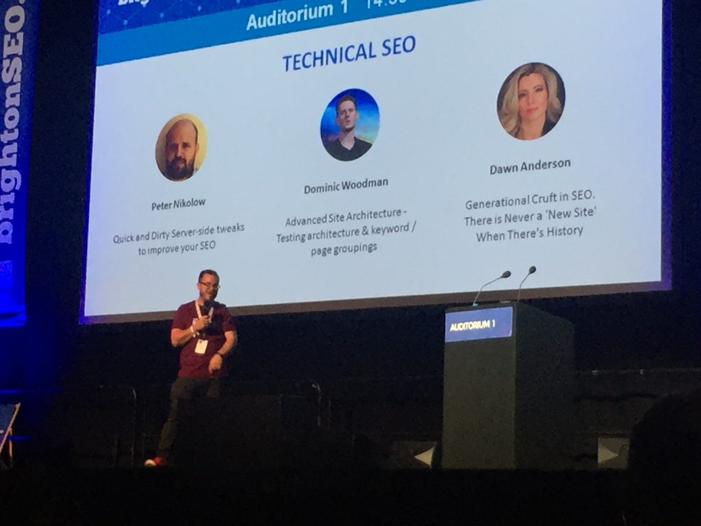 BrightonSEO founder Kelvin Newman introduces keynote speakers